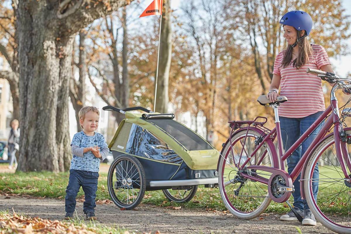 Croozer Kid for 1 Kinderfahrradanhänger Modell 2018 im Einsatz