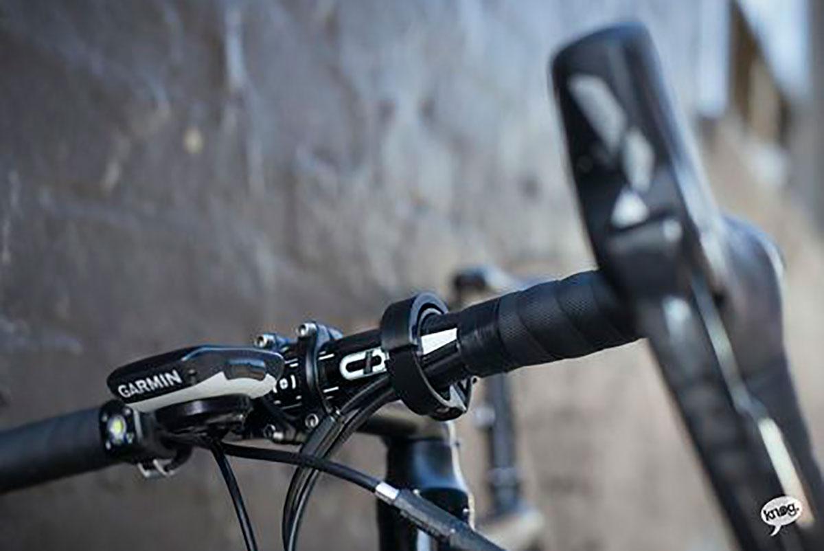 knog-oi-classic-fahrradklingel-amfahrrad_1200
